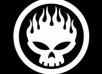 The Offspring выпустили саундтрек к картине «Акулий торнадо 4»