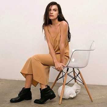 Елена Темникова выпускает коллекцию одежды