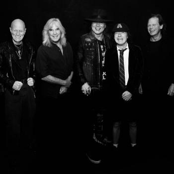 Басист AC/DC уйдет из группы