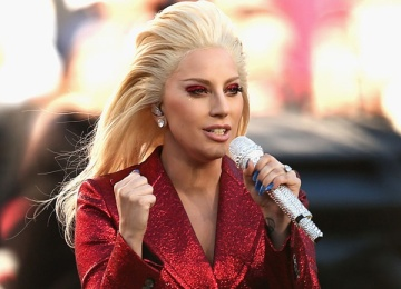 Продажи песен Леди Гага увеличились на 1000% после ее выступления на Супербоуле-2017