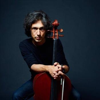 Американский виолончелист Ян Максин выступит в Москве