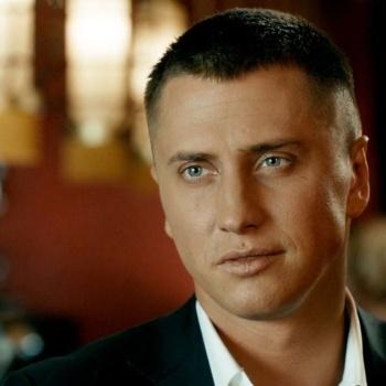 Ведущим нового шоу на Первом канале станет актер Павел Прилучный