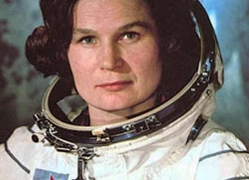 Первая женщина-космонавт Валентина Терешкова поздравила всех с днем космонавтики