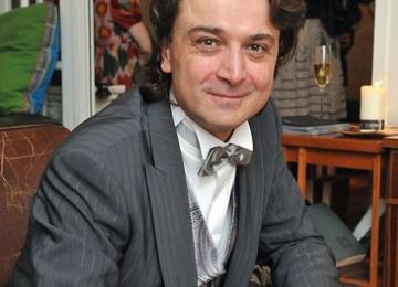 Актер Лазарев-младший отметил свой юбилей в театре