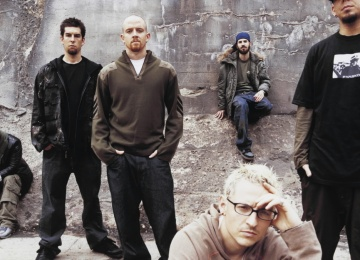 Linkin Park отменили концерты из-за травмы лидера