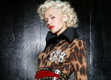 Гвен Стефани представила новую песню «Spark the Fire»