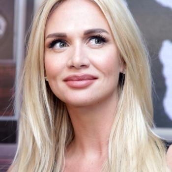 Будущая жена Николая Баскова Виктория Лопырева закатила праздник в  Греции