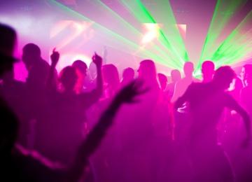 Франкфуртский электронный гений Reboot на вечеринке The Moments