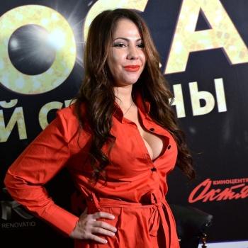 Елена Беркова обвенчалась на Кипре с Андреем Стояновым