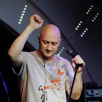 Гоша Куценко срппа спел про  «Ленинский проспект»