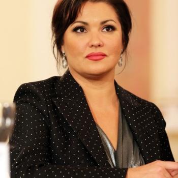 Анна Нетребко обиделась на спекулянтов