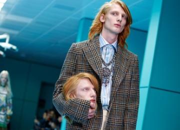 Модели Gucci прошлись по подиуму с головами в руках