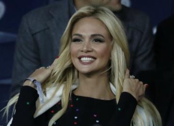 Судьбу свадьбы Виктории Лопыревой решит сборная России по футболу