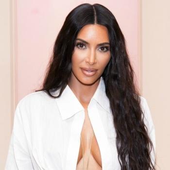 Ким Кардашьян открыла косметический магазин