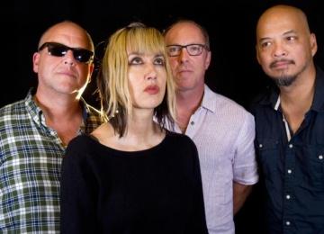Pixies презентовали новый трек