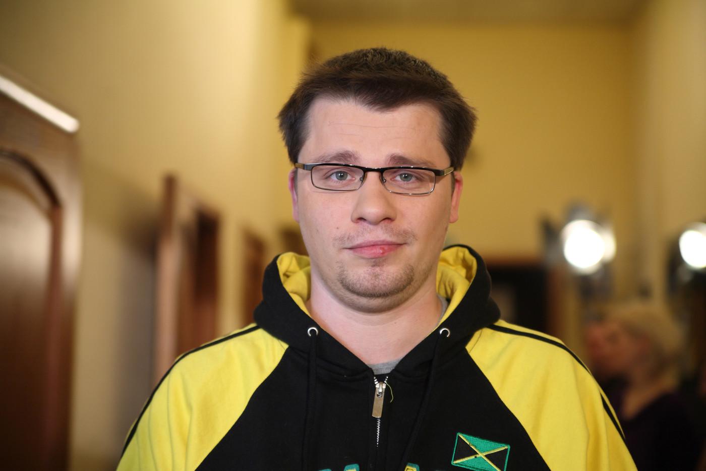 Гарик Харламов показал
